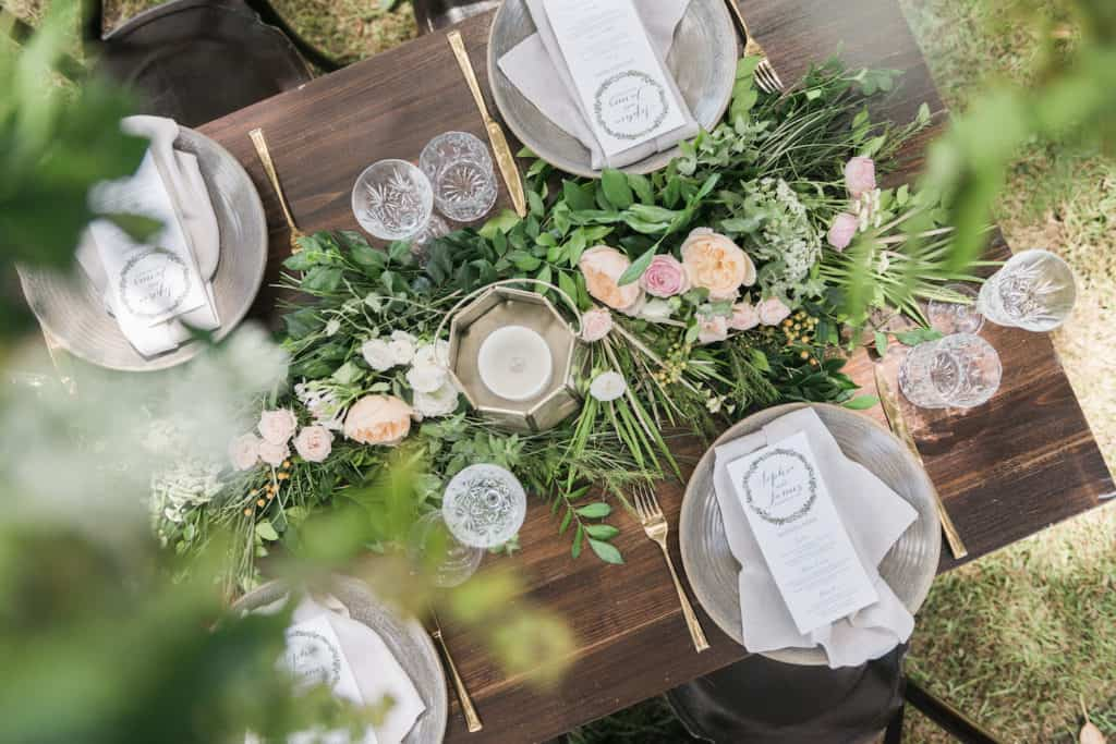 Flowers by julia rose - raw ceramic plates - love notes TheWeddingPlaybook-114