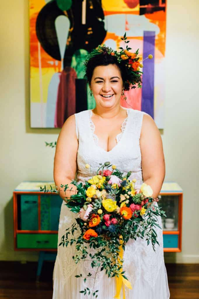 brisbane-city-wedding-flowers-by-julia-rose-bright-fiesta-edison-light-bulb-hanging-florals-03