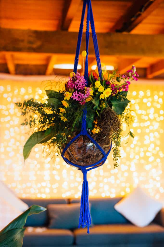 brisbane-city-wedding-flowers-by-julia-rose-bright-fiesta-edison-light-bulb-hanging-florals-19