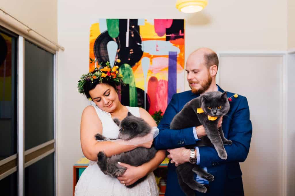 brisbane-city-wedding-flowers-by-julia-rose-bright-fiesta-edison-light-bulb-hanging-florals-22