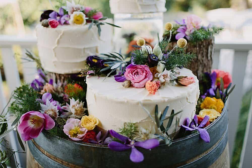 Flowers By Julia Rose - Harvest Newrybar Wedding - cake flowers