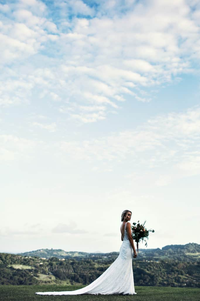 Wedding Flowers by Julia Rose - Summer grove Estate - White magazine - Luxe - Palm springs
