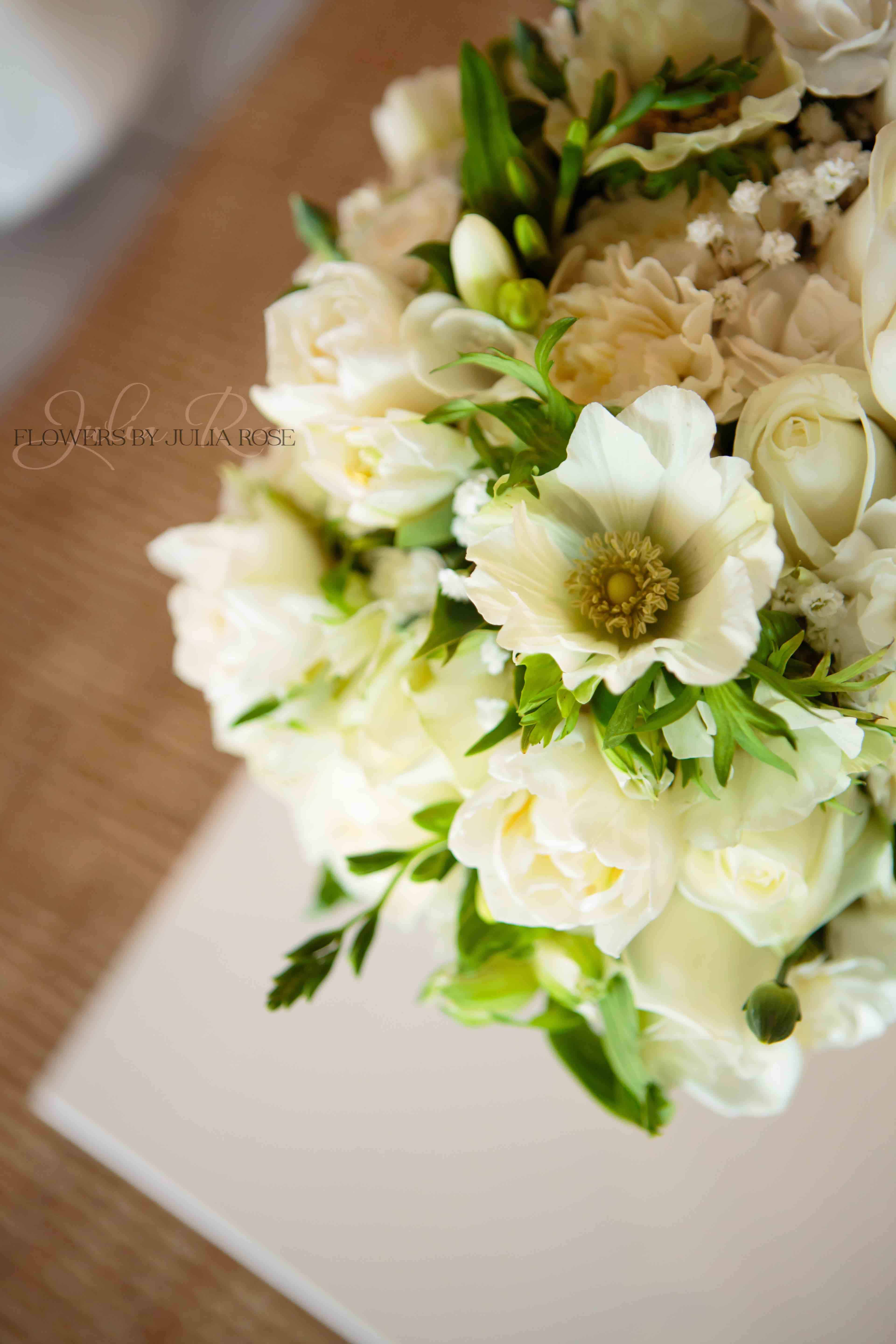 White And Green Wedding Luxe Byron Bay Cafe Flowers By Julia